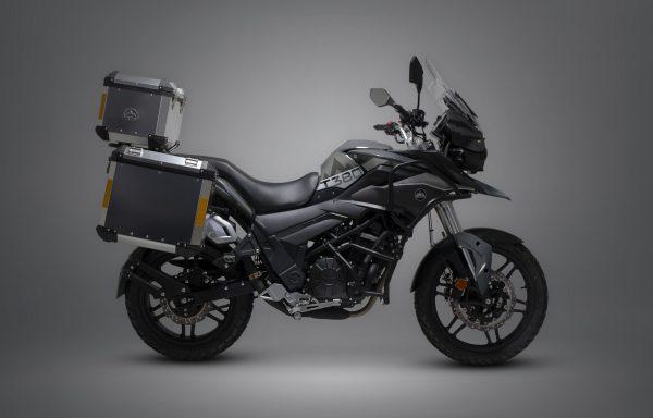 Sinnis Terrain 380cc £4950 ( with luggage)